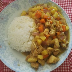 鸡肉土豆咖喱饭
