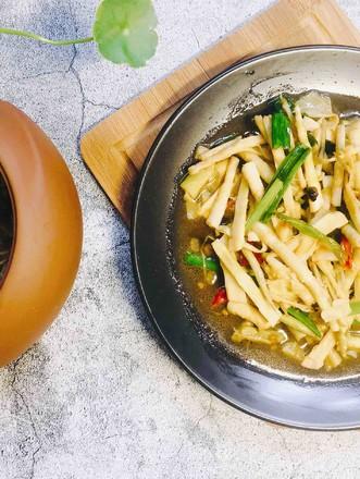 酱香油焖笋的做法