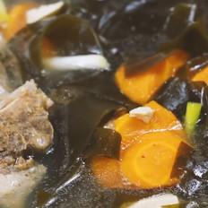 海带豆腐排骨汤