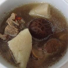 淮山板栗香菇排骨汤