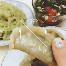 韭菜猪肉蒸饺的做法