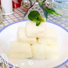 椰蓉鲜奶冻