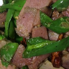 青椒腊肉的做法