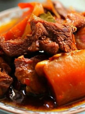 胡萝卜炖羊肉的做法