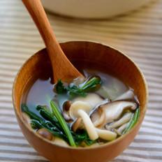 家乐【炆炖系列浓汤宝】 菌菇蔬菜汤的做法