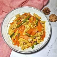 胡萝卜腐竹炒肉