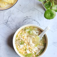 鲜蘑丝瓜鸡蛋汤