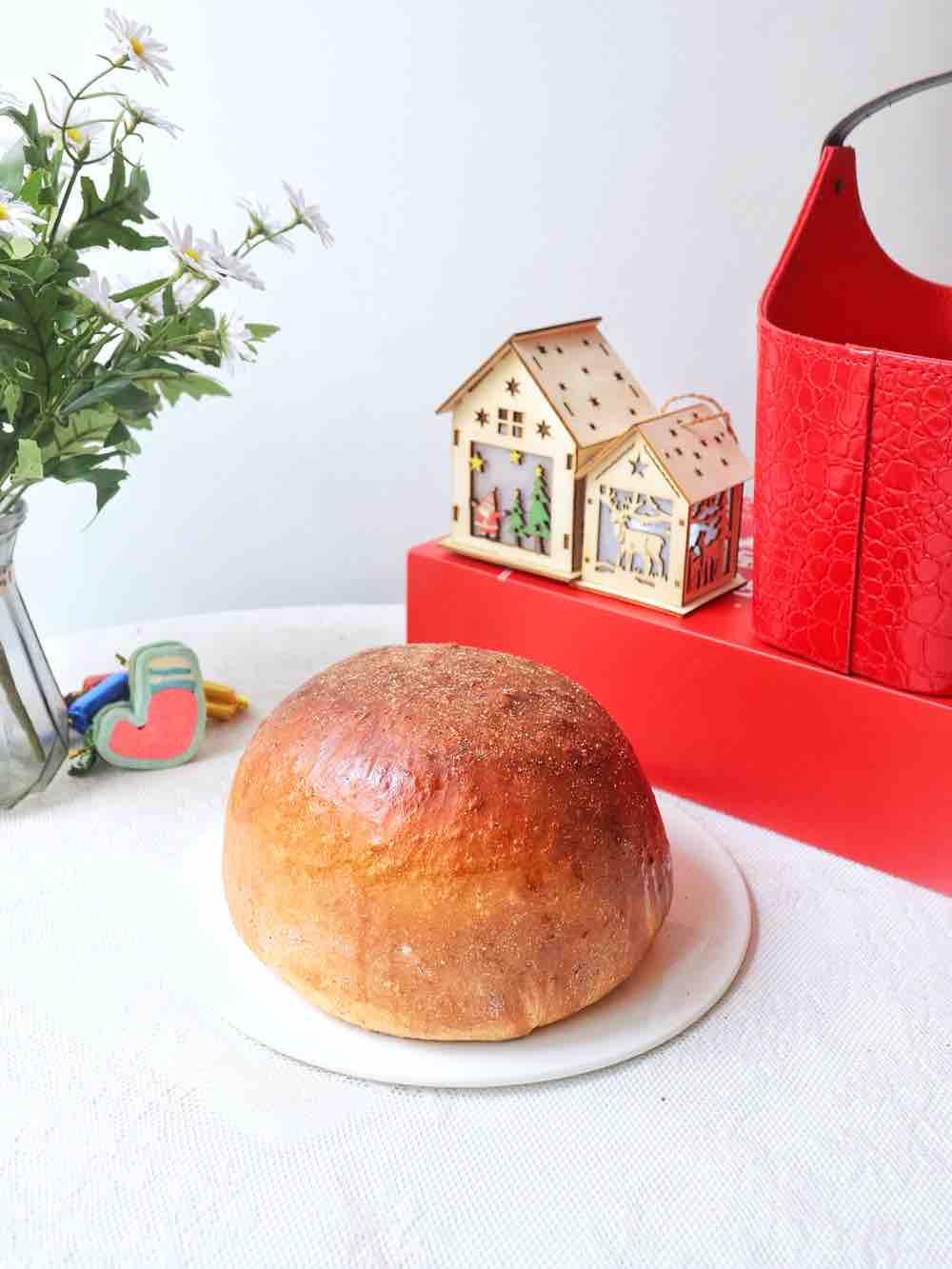 红烩鸡块面包
