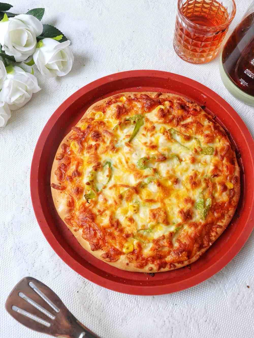 鸡胸虾仁双拼披萨