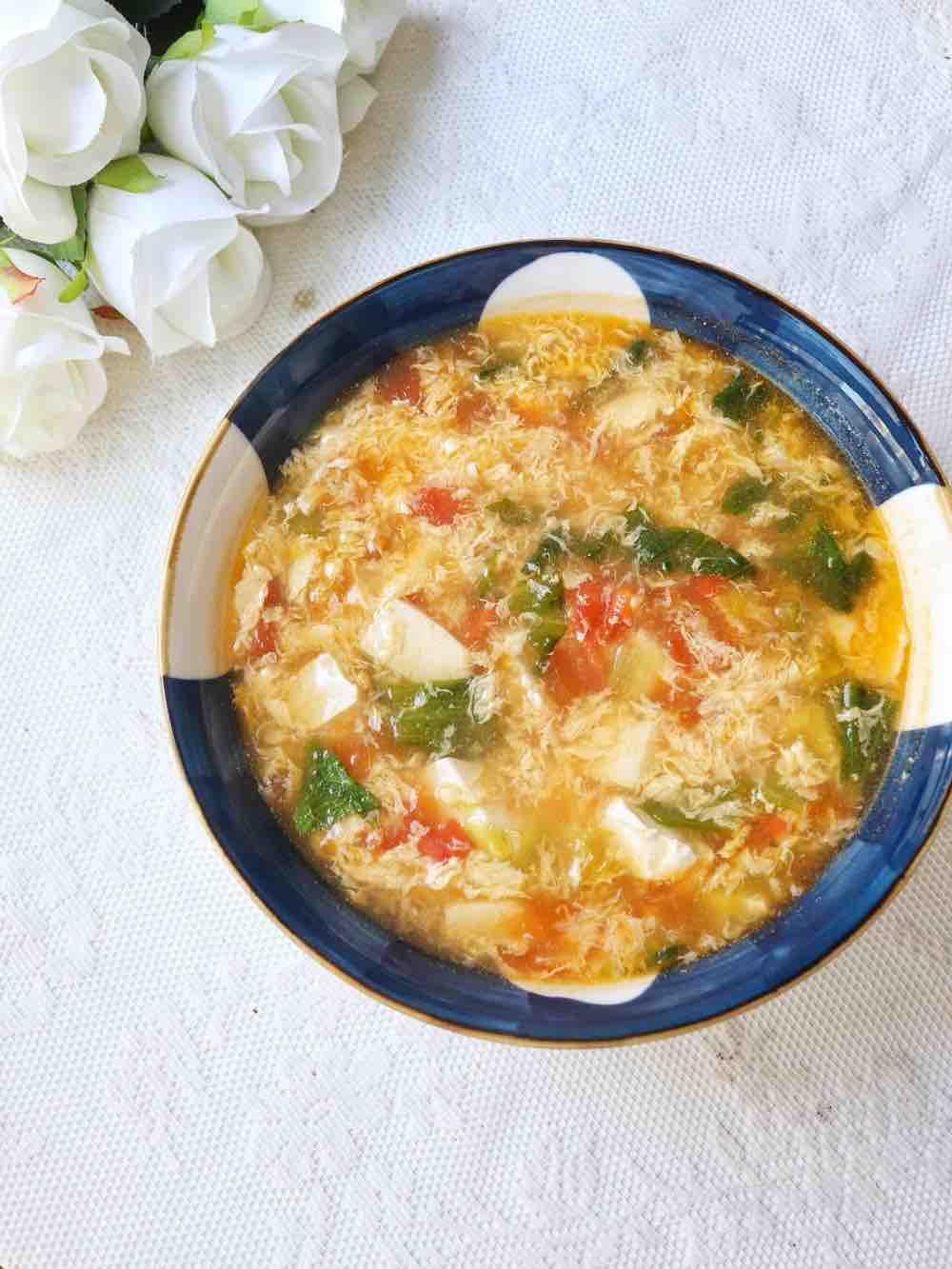 番茄西红柿豆腐汤