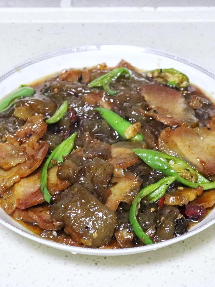 红薯粑粑炒腊肉