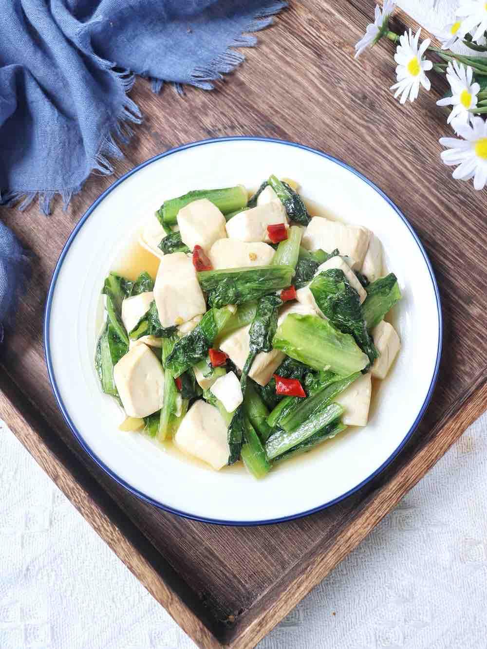 莴笋叶炒豆腐