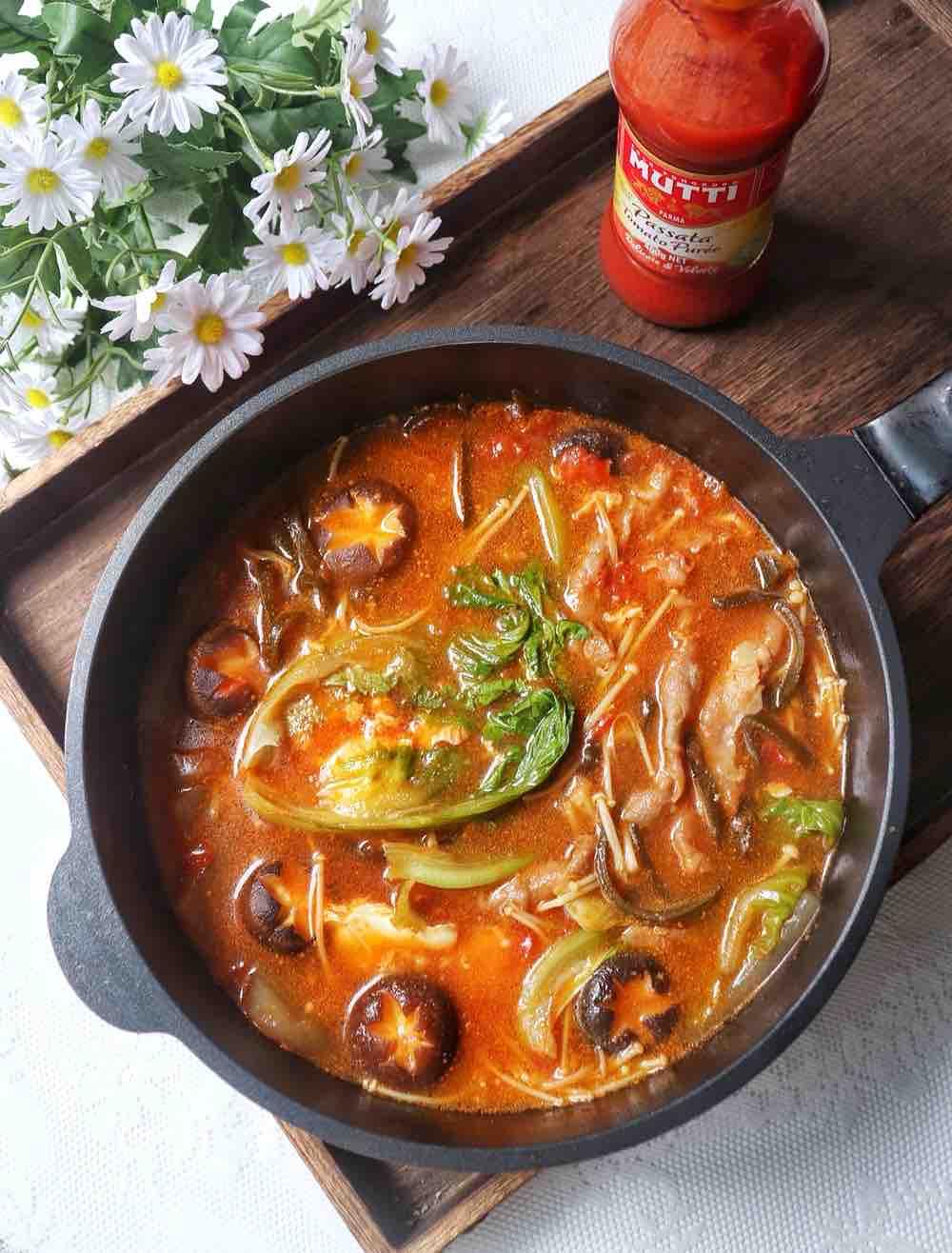 家庭自制番茄锅