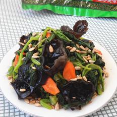 菠菜拌黑木耳