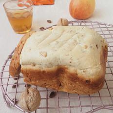 松仁桃仁面包