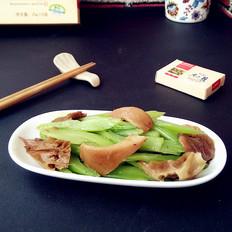 元蘑炒芹菜