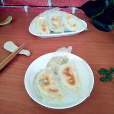 香菜鸡蛋白菜馅煎饺