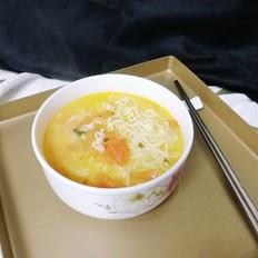 番茄骨汤泡面