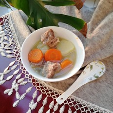 土豆胡萝卜排骨汤