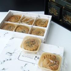 三口味广式月饼