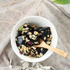 麦片脆黑凉粉