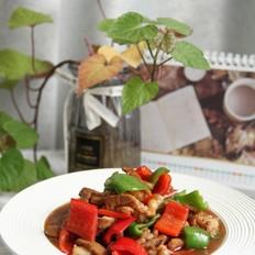 微辣鲜嫩的下饭菜,青红椒炒肉丝