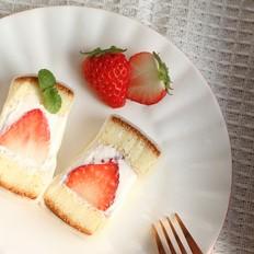 酸酸甜甜,软糯糯草莓白玉卷