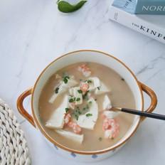 清甜虾仁豆腐汤,简单调味也是美味,虾仁鲜,豆腐嫩!