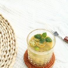 青柠雪梨汁,夏日必备的做法