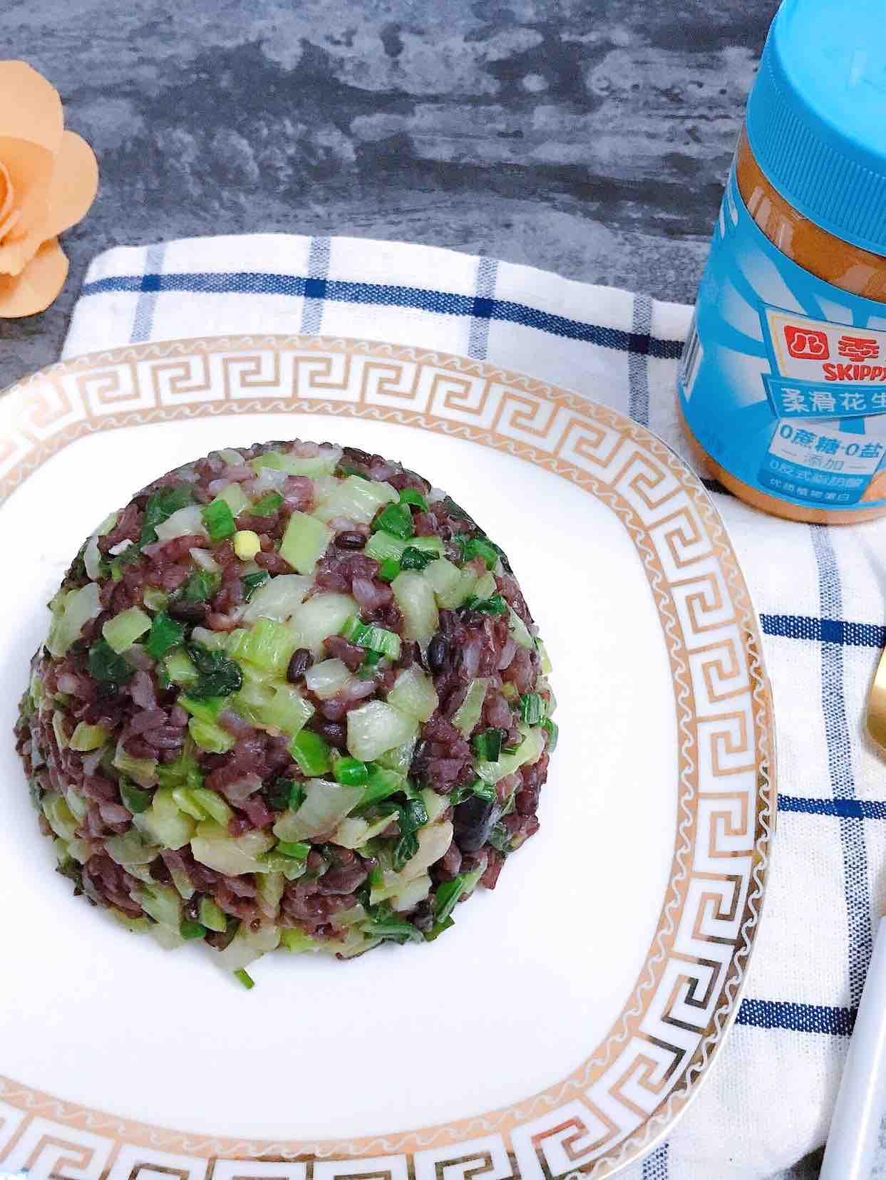 花生酱青菜糙米炒饭