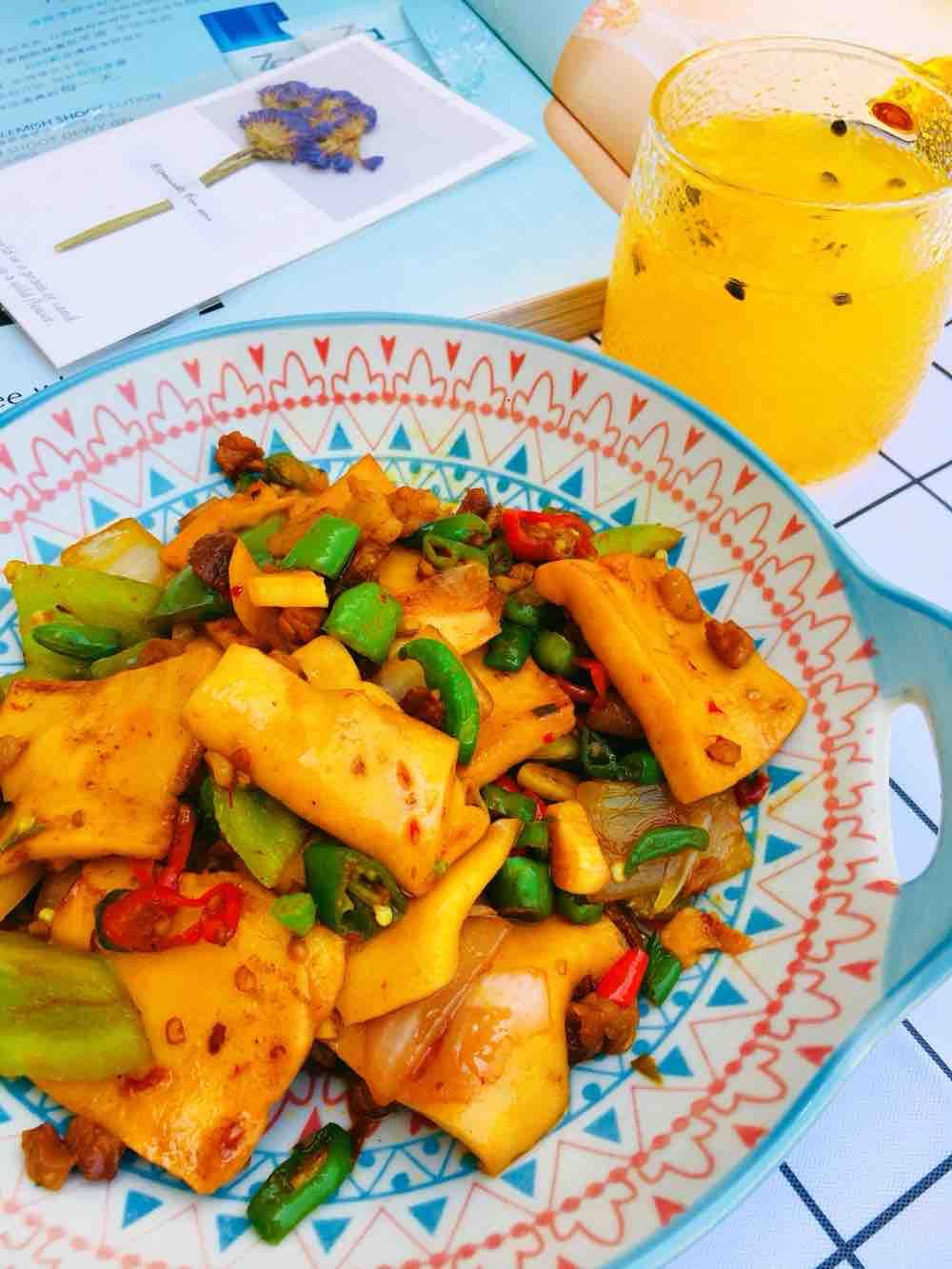 下饭菜辣炒千叶豆腐