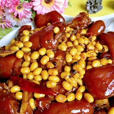 香辣猪蹄焖黄豆