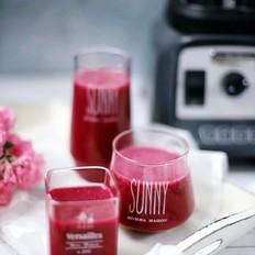 火龙果桑葚草莓果汁