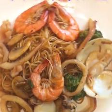 中式海鲜炒面