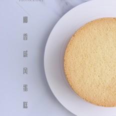 6寸椰香戚风蛋糕