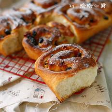 甜蜜苹果面包卷