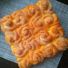 玫瑰花椰蓉面包