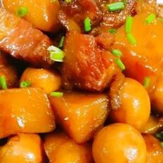 土豆鹌鹑蛋红烧肉