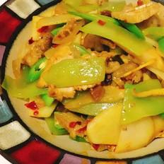 土豆莴笋回锅肉