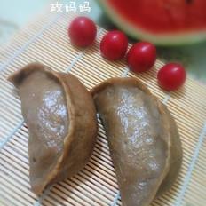 红薯面槐花包子