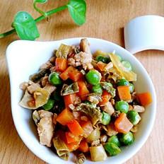 麦豆干豆角焖鸡肉