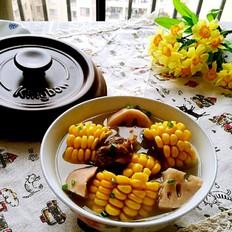 砂锅玉米莲藕排骨汤