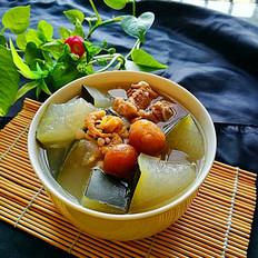冬瓜排骨海鲜汤