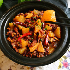 香辣白萝卜炖牛肉