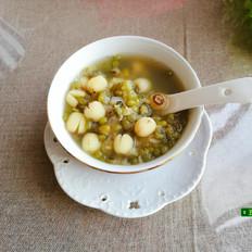 绿合莲子百合甜汤