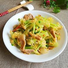 家常花菜炒肉