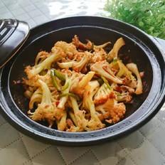 豆瓣醬焗花菜雞肉煲的做法大全