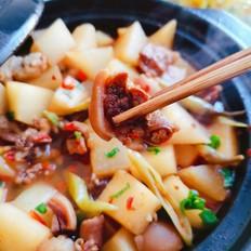 砂锅羊肉萝卜煲