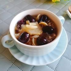 银耳雪梨百合红枣汤