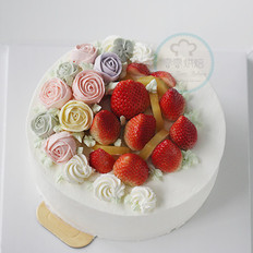 草莓水果奶油裱花蛋糕